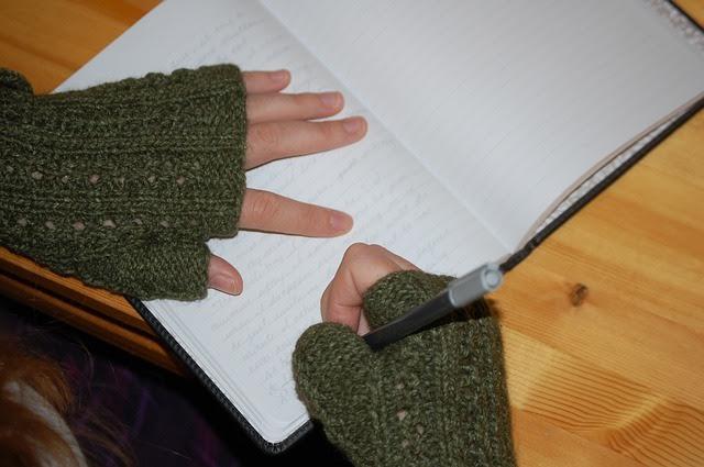 writer hands chara